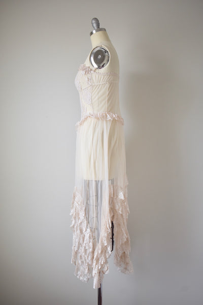Vintage Ecru Tulle and Lace Negligee