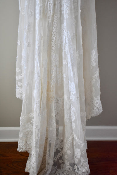 Vintage 1960s Lace Tulle Wedding Gown