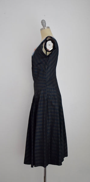 Vintage 1950s Dark Navy Blue/Black Taffeta Two tones Blue Embroidery Cocktail Dress