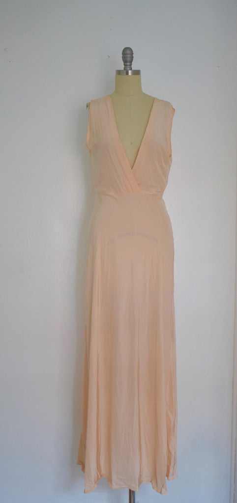 Vintage 1930-1940s  Peach Lingerie Nightgown Ensemble