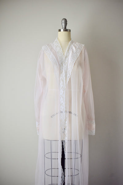 Vintage 1960s Light Pink Dressing Gown