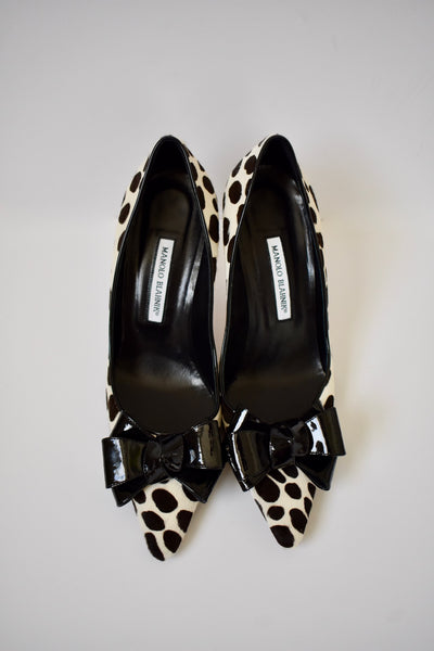 Manolo Blahnik Ivory Animal Print Spotted Ponyskin Patent Bow Pumps 41 NR