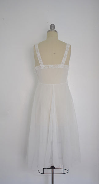 Vintage late 60s Vanity Fair White Nightgown