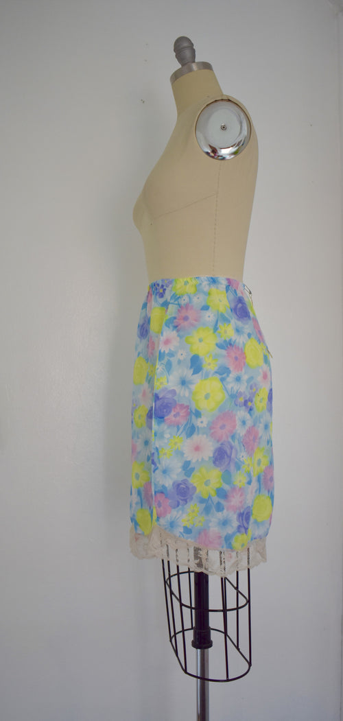Vintage 1970s Multicolored Floral Slip