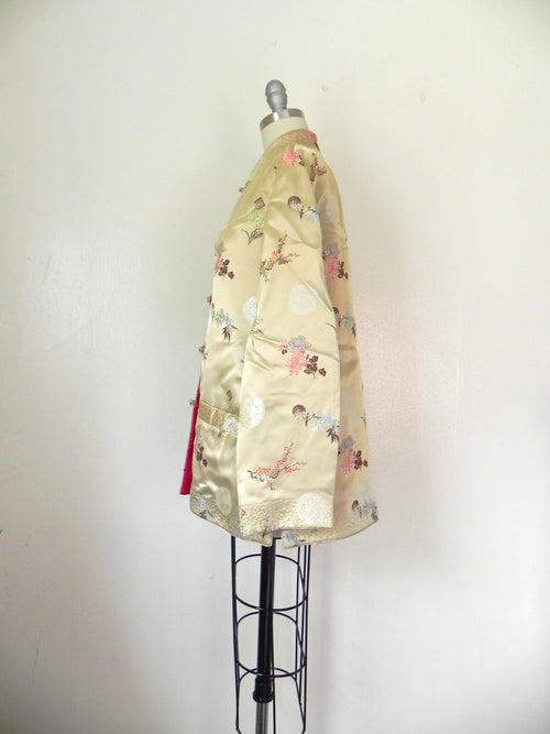 Vintage 1970s  Asian Style Floral Reversible Tan/Red Jacket - Vintage World Rocks - 2