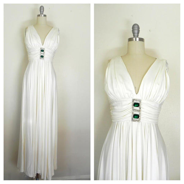 Vintage 1970s Off White V-neck Sleeveless Gown - Vintage World Rocks - 3