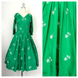 Vintage 1950s Emerald Green Floral Dress - Vintage World Rocks - 1