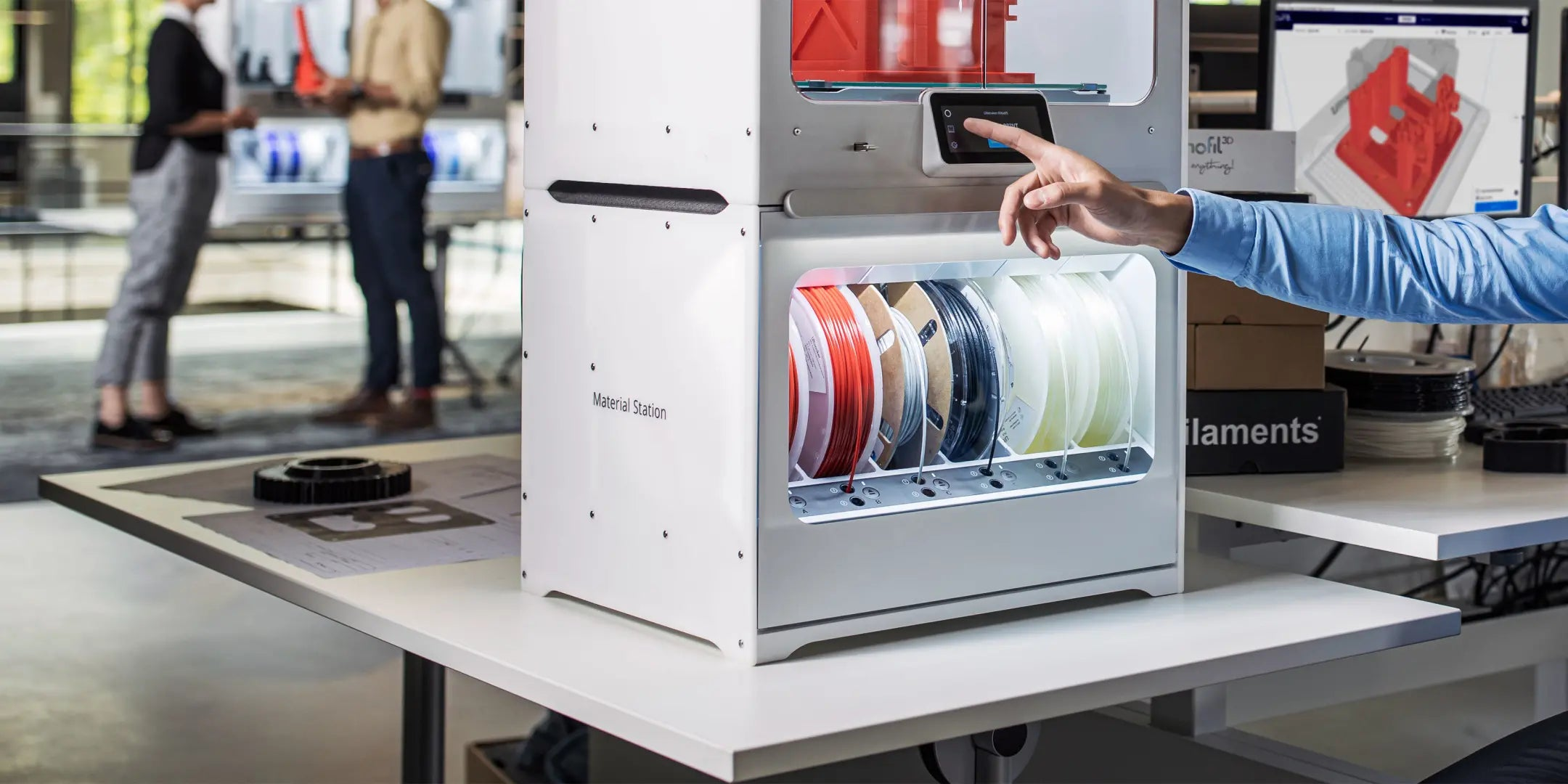 Ultimaker S5 Material Station composite-ready prefeeder
