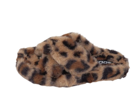 Engage Leopard Slippers