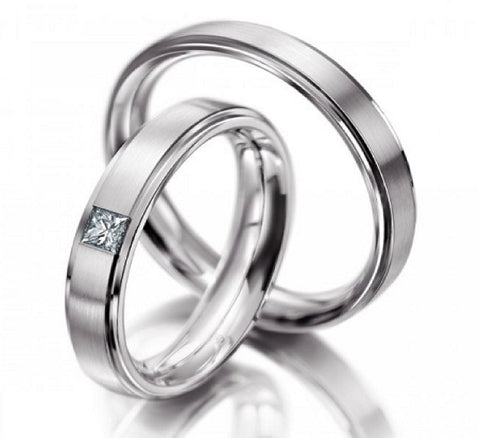 14k White gold diamond wedding band set