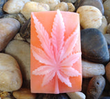 Halo Hemp Soap Hemp Leaf Pink Grapefruit