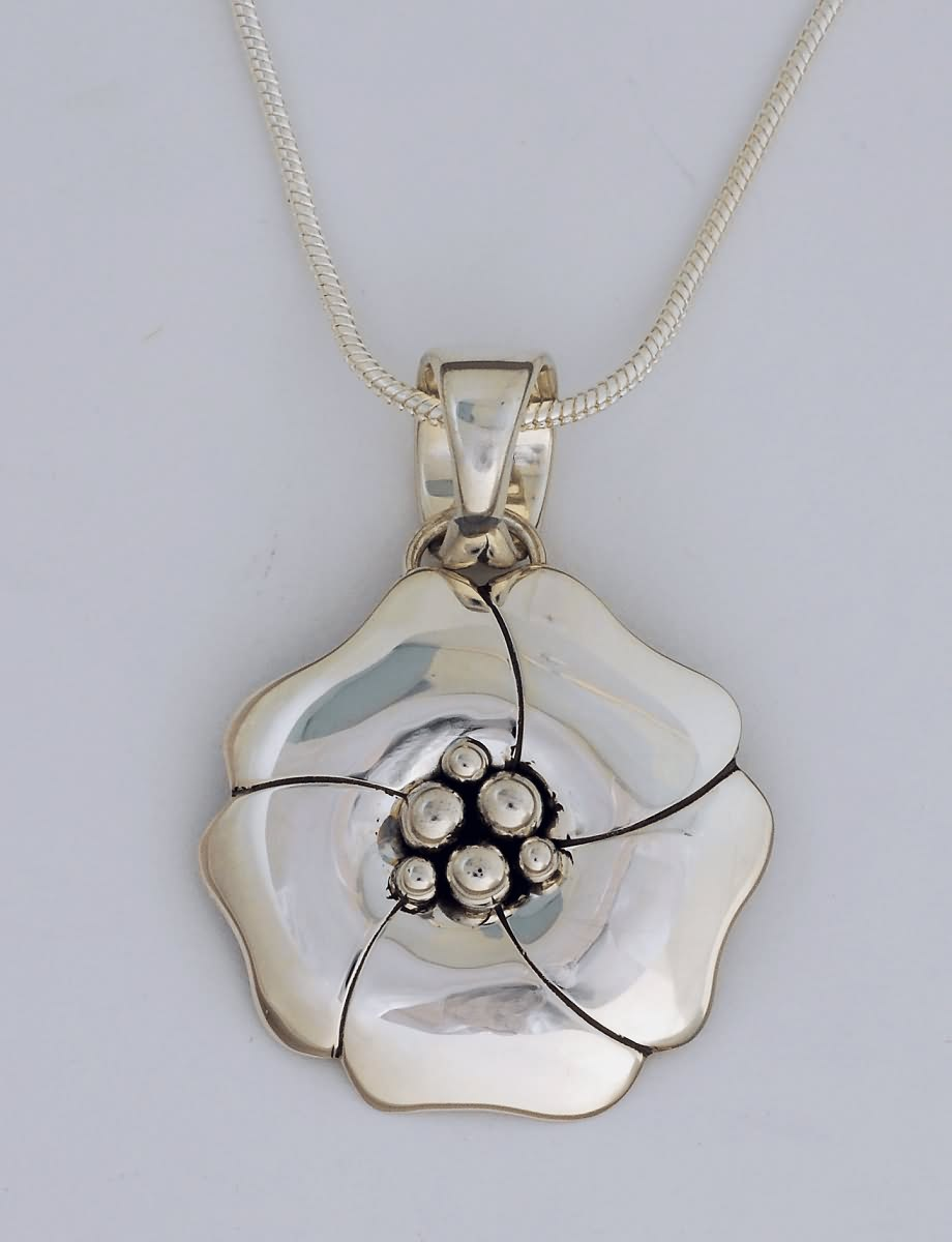 Pendant, Sterling Silver Dogwood Design by Artie Yellowhorse (Navajo)