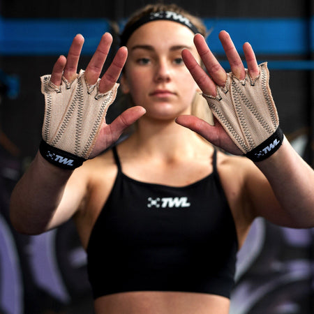 Gear - TWL X JAW Pull Up Gloves - Black
