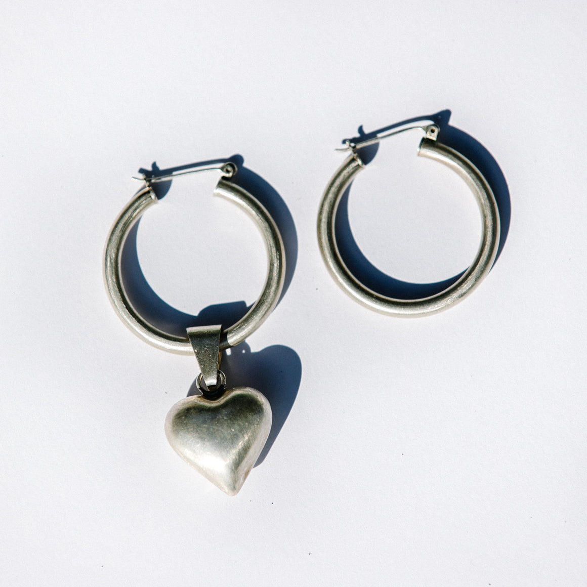 HEART PENDANT HOOPS