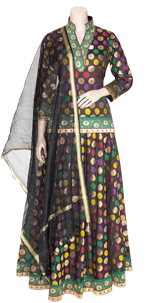 Shop online for designer Indian Banarasi Lehenga dresses at the best rates in USA & Canada. Black Art Jacquard Silk flared skirt zari motif embroidery full sleeve short kurti top black net dupatta gota lace borders ethnic traditional dresses for festivals weddings party wear stylish multi color handmade Sale Darpaha