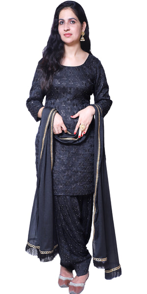 Buy designer patiala salwar & kameez suits at the best rates in the USA & Canada. Black Punjabi Phulkari kurti & salwar with sequins work 3/4 sleeves georgette dupatta golden lace short kurti Ethnic Indian traditional wedding party festival occasion panjabi outfit lohri jaago shop online fashion stylish Darpaha Sale