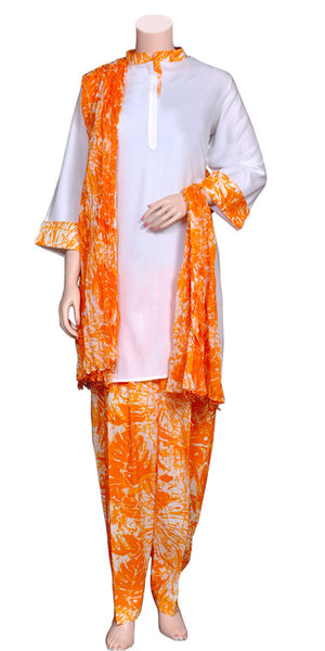 Buy designer salwar & kameez suits at the best rates in the USA & Canada. Orange & White batik print salwar suit printed Rayon cotton dupatta three piece set punjabi panjabi Patiala Kameez Dhoti Ethnic Indian Traditional Handmade pearl border lohri festival fashion comfortable breathable soft Darpaha shop online sale