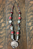 Beautiful western Necklace UN16302