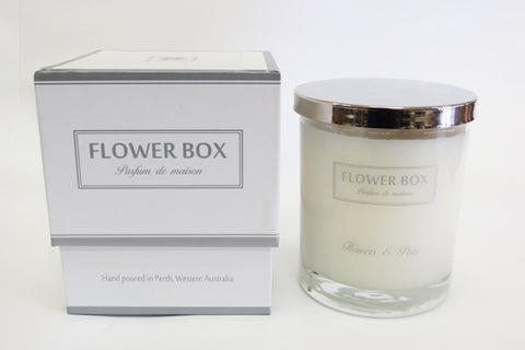 Candle Flower Box - Flowers and Pear