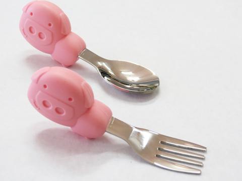 Spoon and Form Palm Grasp Set Pink Pig