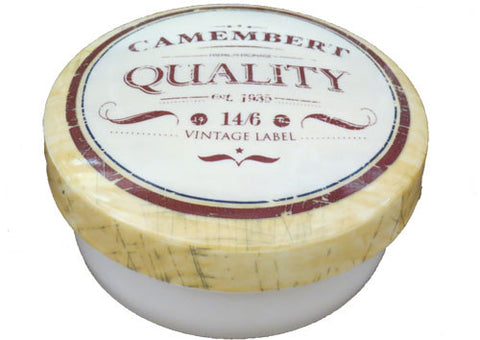 Cheese baker camembert
