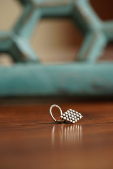AZTEC NOSE PIN (925 SILVER)