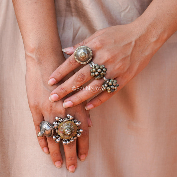 SHREY LAMBHANI RING - BAUBLE LOVE
