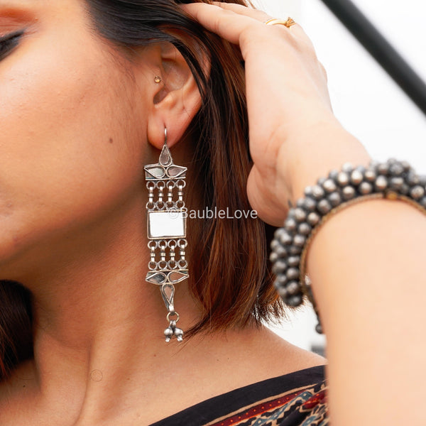 GEET GLASS EARRINGS
