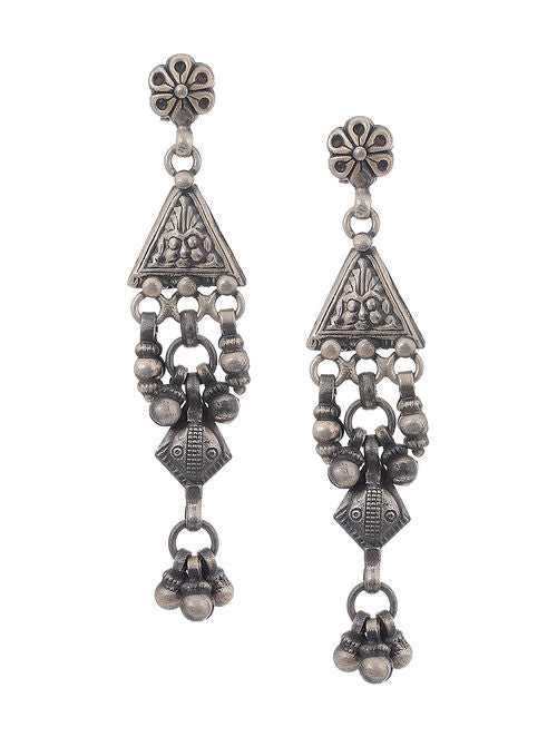 MANDHA EARRINGS