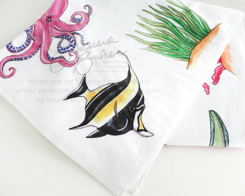 Sea Creatures Illustration Beach Towel
