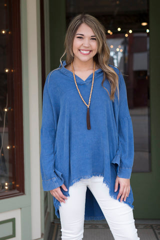 Denim V-neck top with frayed hem