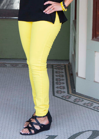 Mid rise skinny yellow jeans