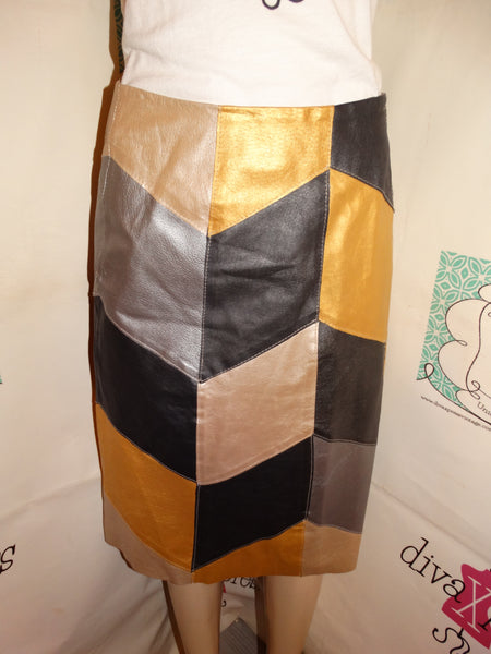 Vintage MEtrotyle Gold/Brown Leather Skirt Size M