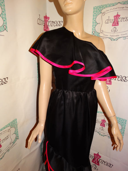 Vintage Rizk Black/Pink Off Shoulder Ruffle Dress Size S