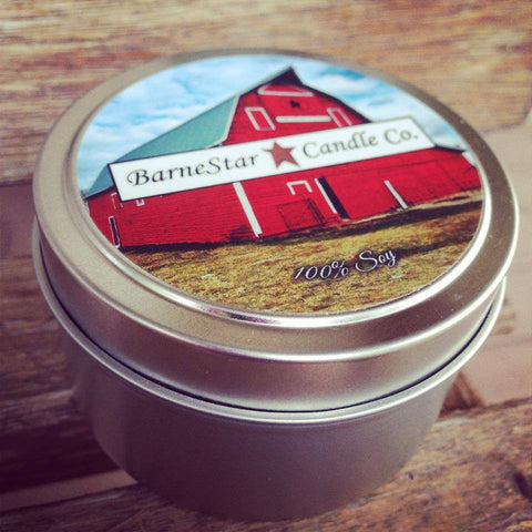 6 oz. Candle Tin - Christmas Wreath (Retiring)
