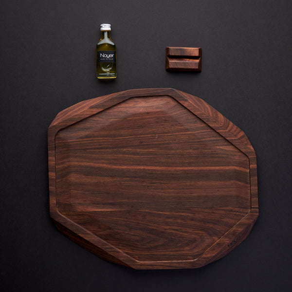 Noyer Cutting Board (with groove)