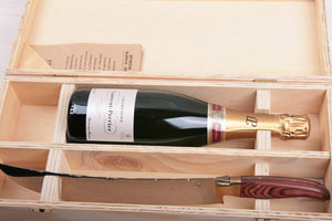 Champagnesabel Laguiole in luxe kist met fles Champagne Laurent-Perrier - Champagnesabres.eu