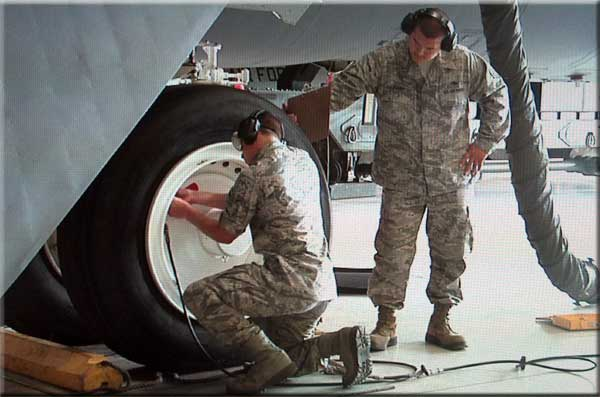 air force crew chief example