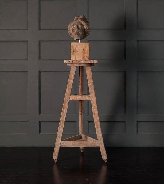 Adjustable Sculpting Stand