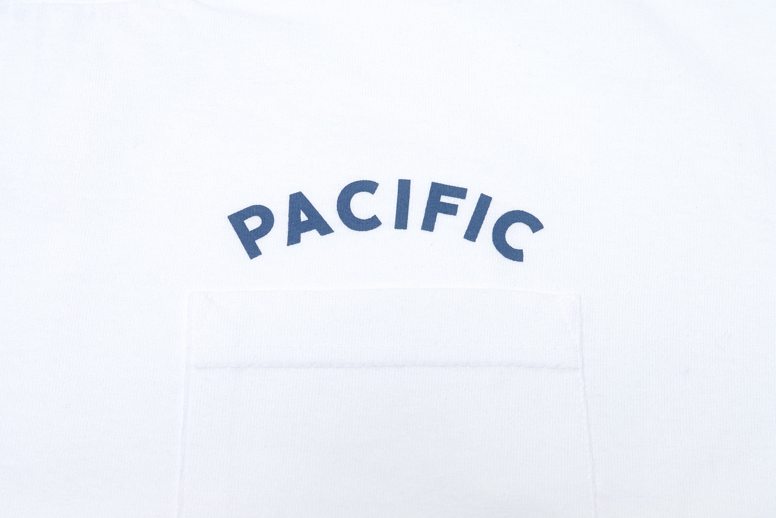 PACIFIC - Pocket T - White