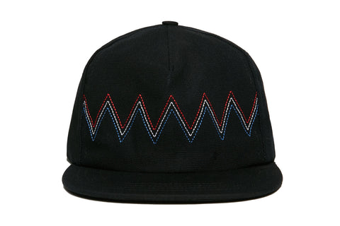 MOUNTAINS Strapback