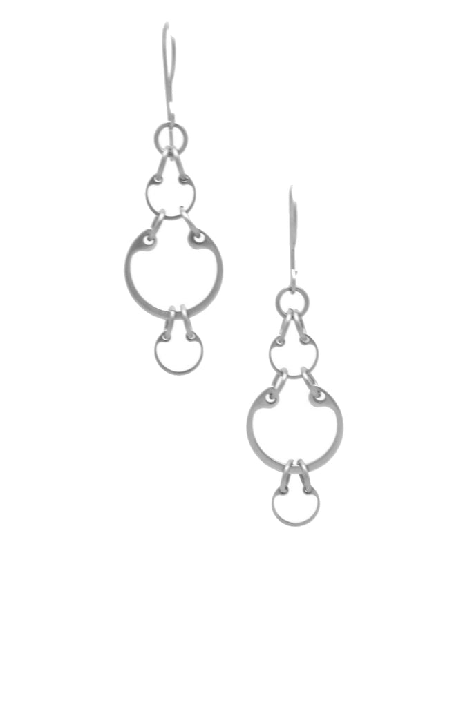 Small Alternating Earrings by Wraptillion: little linked chain circle dangle earrings in alternating sizes
