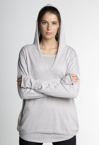THE MISTRAL HOODIE - FOGGY GREY WITH CHALK DETAIL