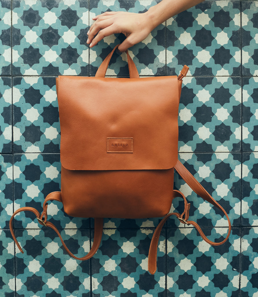 Antelo Henry Leather Backpack - Sand - Macaroon Collection