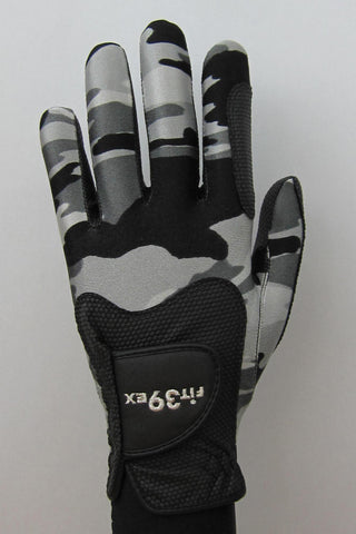 Camouflage golf gloves