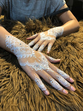 Load image into Gallery viewer, White Henna Booking Deposit - SyraSkins
