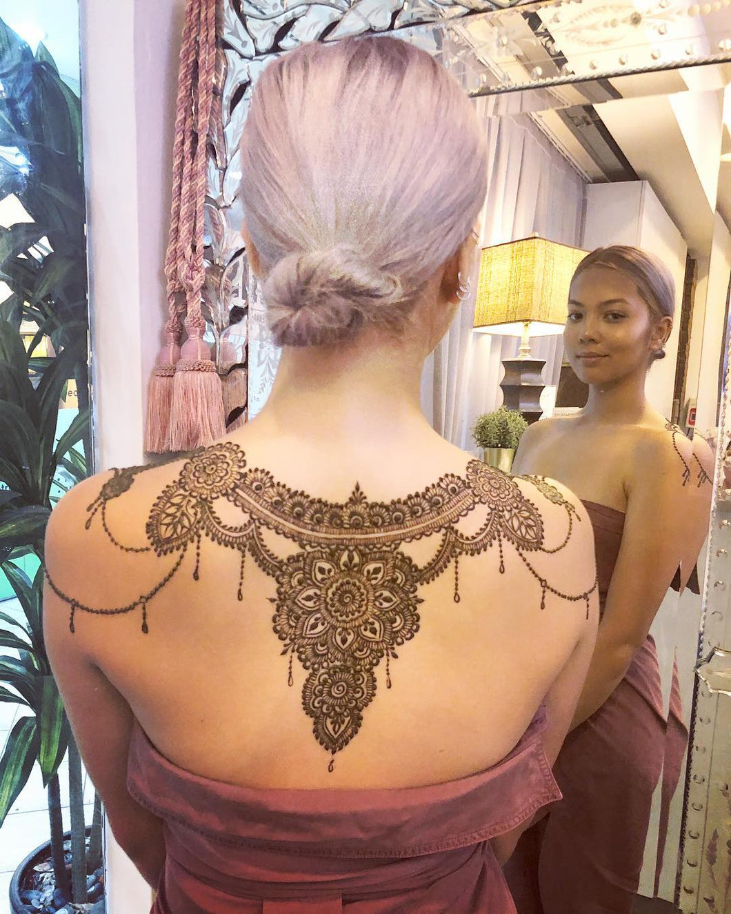 Back Henna Booking Deposit - SyraSkins