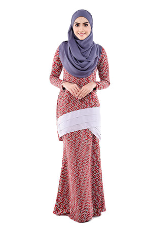 Aesha Kurung in Ruby Red & Grey - moderee - 1