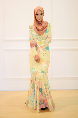 Kamilla Kurung in Sunflower Yellow
