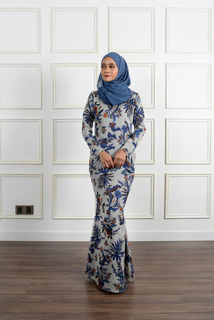 Melora Kurung in Smoke Grey